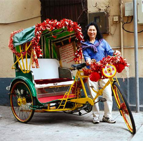 Utrerano preparado para ir al real de la Feria con su carro engalanado para la ocasión.